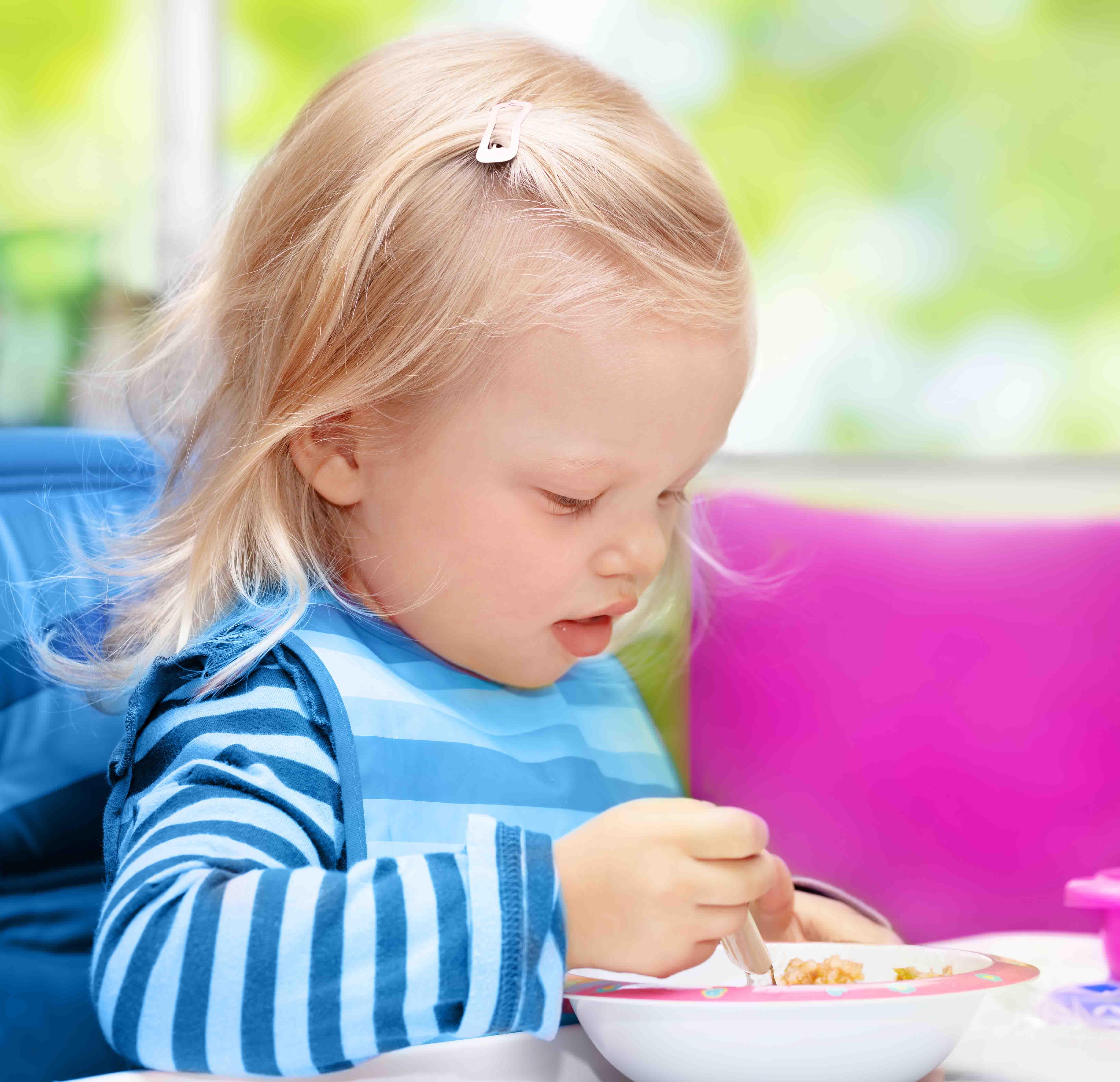 Gezonde voeding en bewegen in het kinderdagverblijf of bij onthaalouders